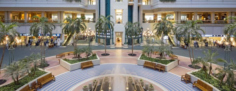 View of the Airport Entrance to the Hyatt Internaltional Orlando Airport wide