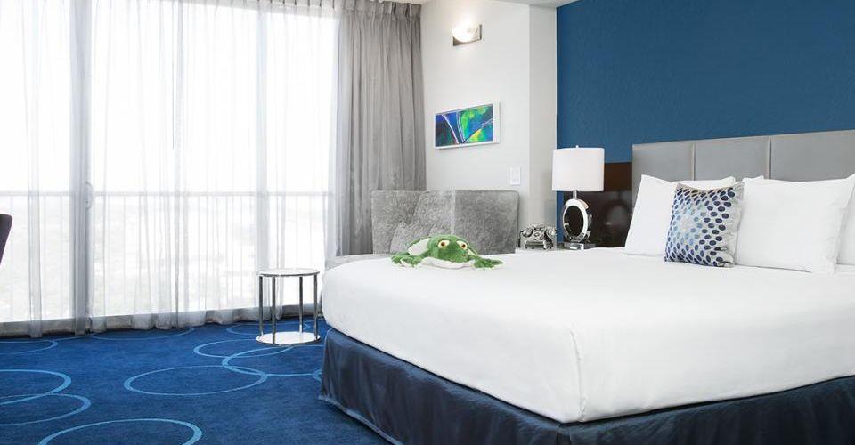 Master King Signature Master Suite B Resort Orlando 960