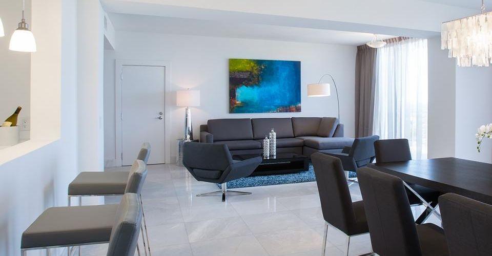 Living Room Signature Master Suite B Resort Orlando