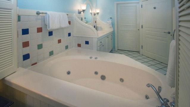 Jacuzzi Tub At One Of The Boardwalk Inn Villas