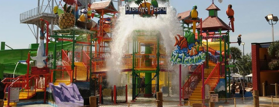 Kids Water Park with dumping bucket at the Coco Key Hotel in Orlando