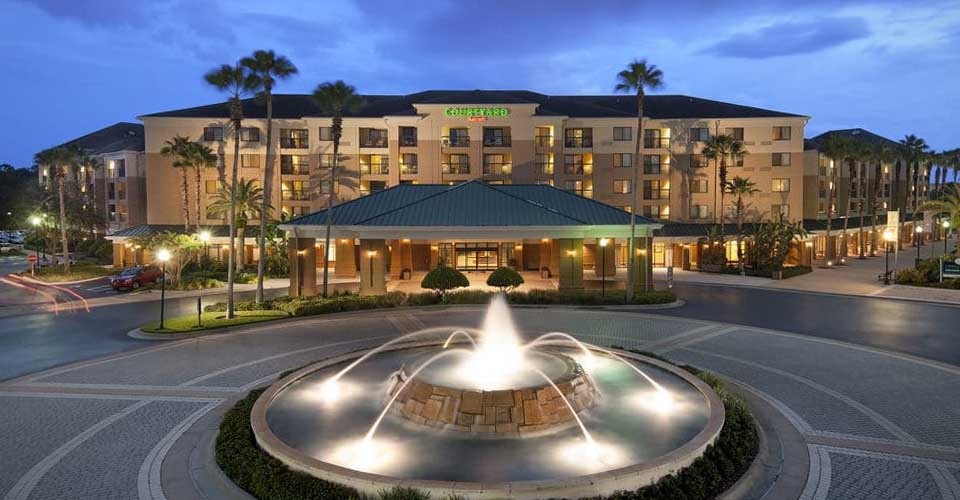 The Entrance to the Courtyard Lake Buena Vista at the Marriott Village in Orlando Fl 960