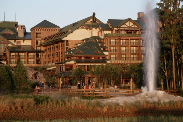disney-wilderness-lodge-view-from-back-with-spraying-geiser-600