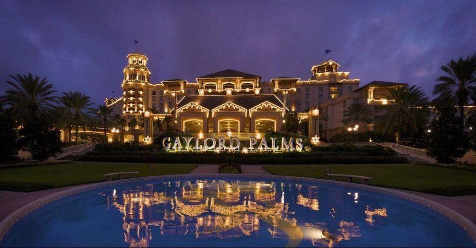 Outside christmas lights Gaylord Palms Resort 960