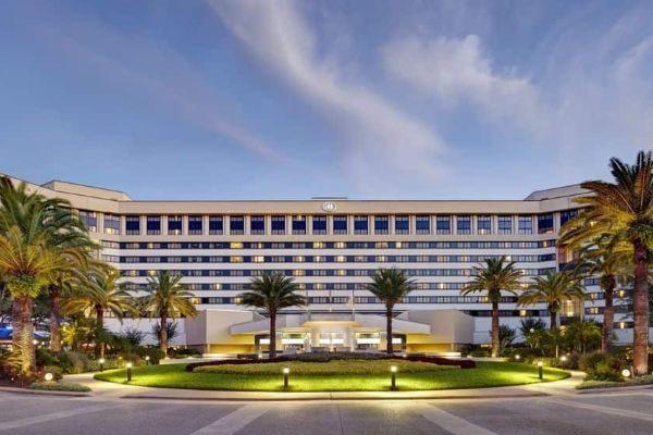 Front Entrance Hilton Orlando Lake Buena Vista 600