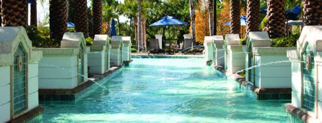 Large Outdoor Pool with fountains located at the Marriott Lakeshore Reserve in Orlando Fl 650