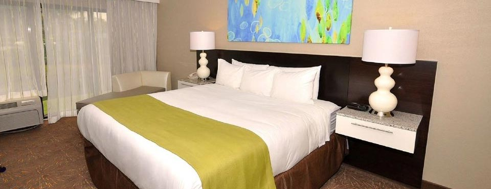 Deluxe Room at the Radisson Resort in Orlando Fl Celebration with King Bed