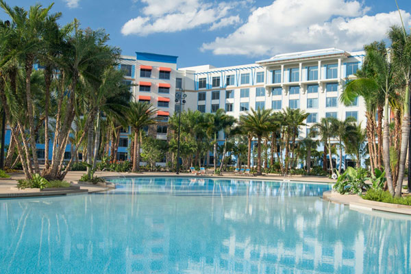 Loews Sapphire Falls Resort at Universal Orlando Pool with Rooms in the background