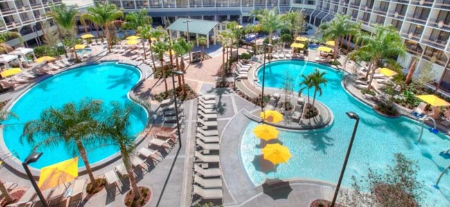 Sheraton Lake Beuna Vista 2 Large Outdoor Heated Pools wide
