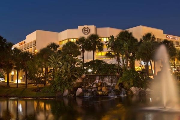 Sheraton Lake Buena Vista Resort in Orlando front Entrance