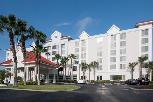 Front Entrance to the Springhill Suites by Marriott in Kissimmee Fl 600