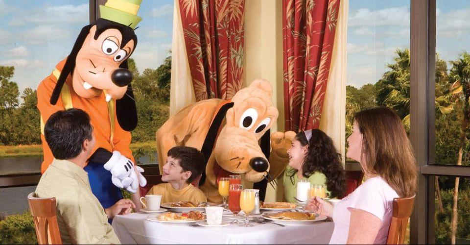 Disney Character Breakfast Goofy Pluto Wyndham Garden Lake Buena Vista 960